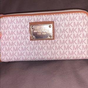 MK wallet.